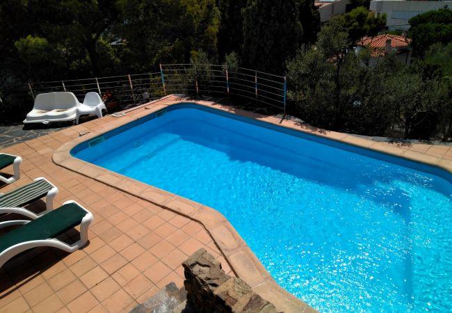 Villa en Llança - 083 Casa Tortuga