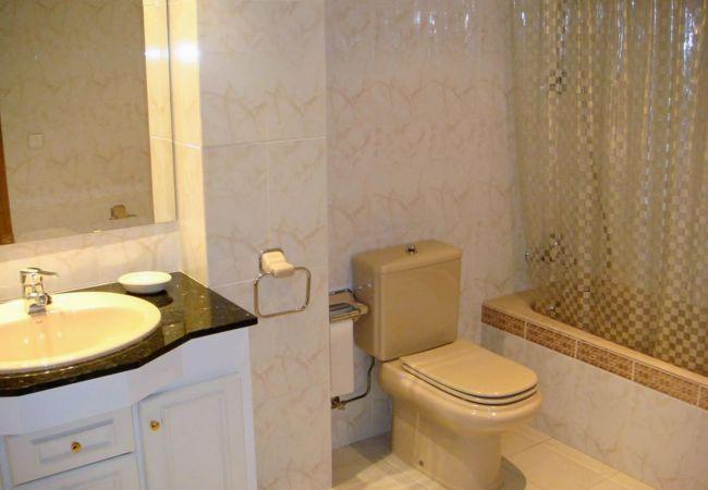 Apartamento en Llança - 079 Passeig Maritim II
