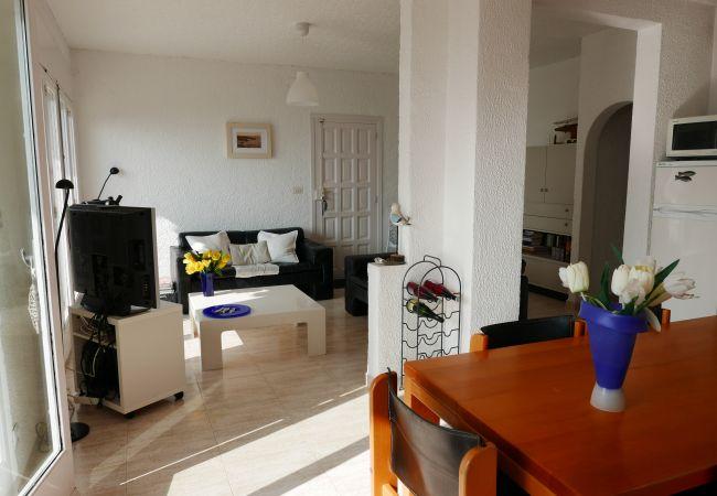 Apartamento en Llança - 070 Eivissa