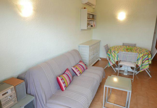 Apartament en Llança - 035 Farello I