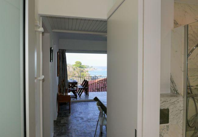 Apartment in Llança - 00113 Platja Cau del Llop