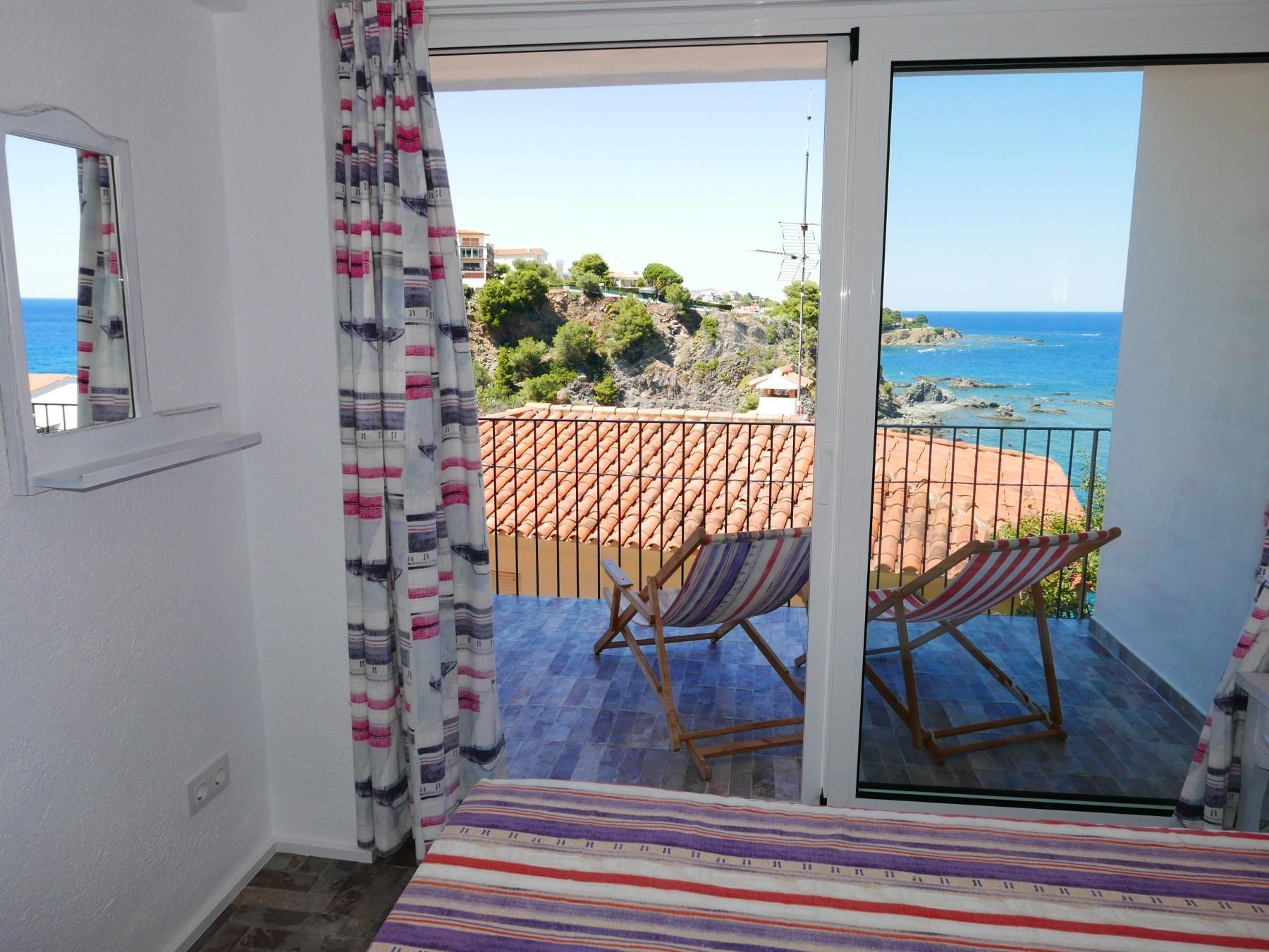 Apartment In Llança 00112 Platja Cau Del Llop